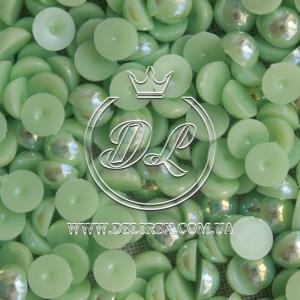 П-сы перламутровые 8 мм, св.салатовые- 2000 шт.