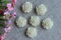 С-ка роза акрил 2 см , молочная