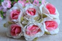 Роза тканевая 2 см, белая с ярко-розовым