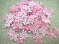 Цветок с полубусиной -розовый