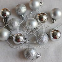 Набор новогодних шариков , серебро