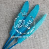 Перья длинные, голубое