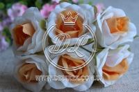Роза тканевая 2 см, бело-оранжевая