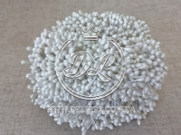 Тычинки 2 мм, белые