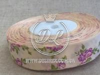 """Атлас 2.5 см """"Розочка"""", фиолетовая на кремовом"""
